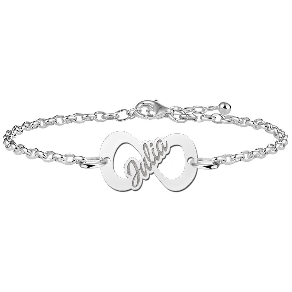 c7e5ce9710f8 Infinity-Armband aus Silber mit Namen